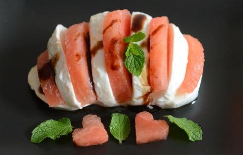 ventaglio mozzarella anguria aceto balsamico